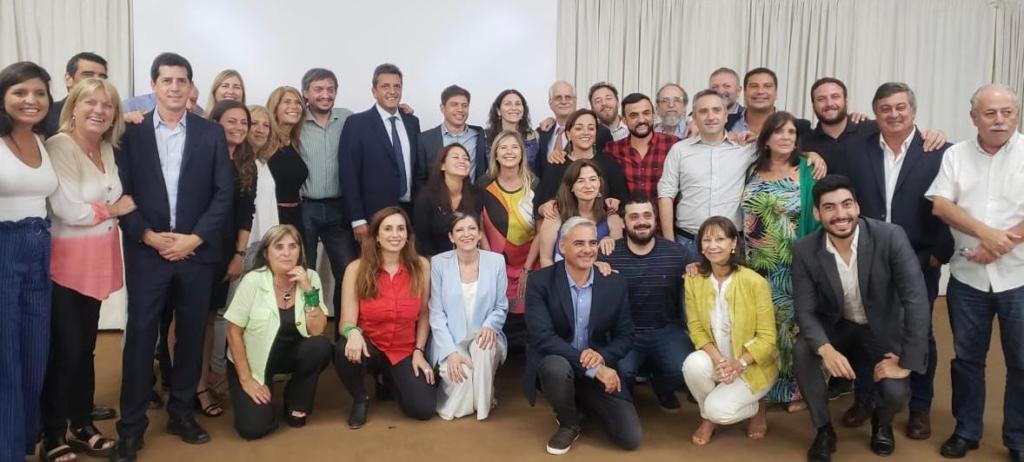 Carlos Selva participó de una reunión junto a los legisladores nacionales del Frente de Todos